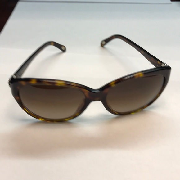 cff8d97e5637 Authentic Tiffany   Co. Sunglasses. M 5bfd97c74ab6332f07e78f85. Other  Accessories ...